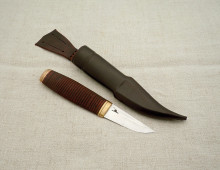 Birch bark puukko with brass fittings